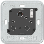 British Standard unswitched 15A socket insert, 1-gang round pin